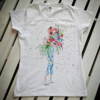 Женская футболка девушка с цветами роспись, размер М