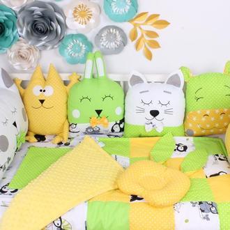Комплект в кроватку в желто-салатовых цветах