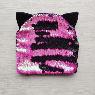 Шапка-кошка двухслойная «Пайетки малиновый/черный обратная сторона черная» 50 р.