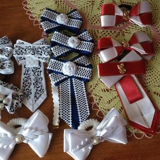 Бант и галстук -  модные комплекты на 1 сентября