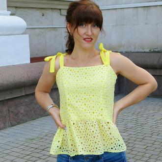 Женская кружевная блузка без рукавов ручной работы желтая, 100% хлопок, женская одежда летняя