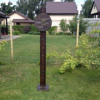 Часы напольные дерево и металл
