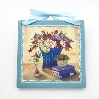 Настенное декоративное панно с букетом цветов в прованском стиле. Декупаж, точечная роспись.