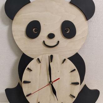 Годинники дерев'яні