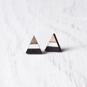 Сережки треугольник, серьги гвоздики