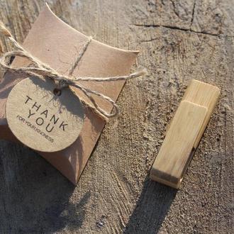 Флешка дерев'яна Карб бамбук на 32Gb і 64Gb (2.0) з лазерним гравіюванням +ПОДАРУНОК коробка пиріжок