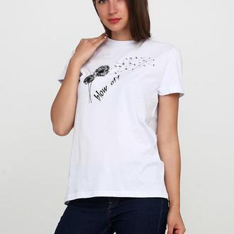 женская футболка  с рисунком одуванчик