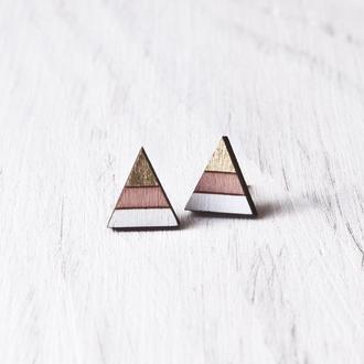 Полосатые сережки гвоздики, розово золотые серьги треугольники