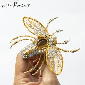 Золотисто-серебряный мухожук