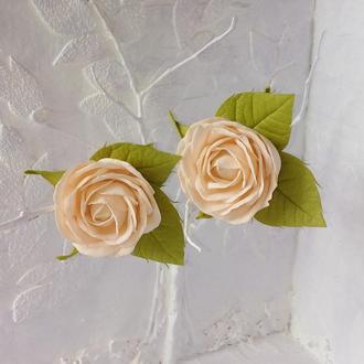 Персиковые розы на резинках