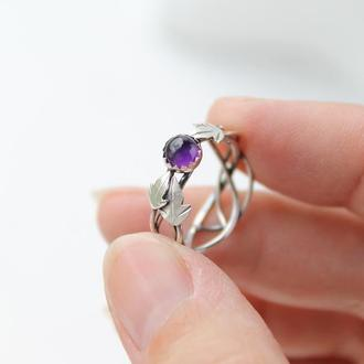 Серебряное женское кольцо с аметистом
