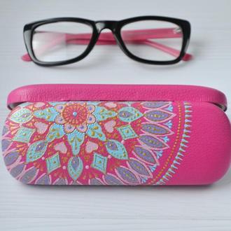Рожевий футляр для окулярів  з розписом / Розовый футляр для очков / Очечник