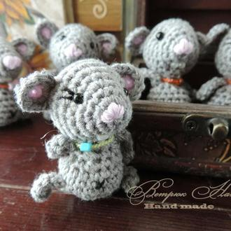 Мышка вязаная малышка Зернышко