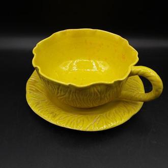 Чашка керамическая с блюдцем.