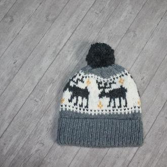 Knitted hat - В'язана шапка