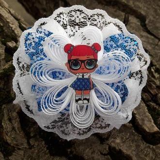 Резинка с бабочкой и куклой Лол
