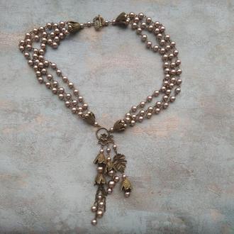 Кольє з бутонами , квіткове намиста , кольє намисто , кольє з керамічної перлів.