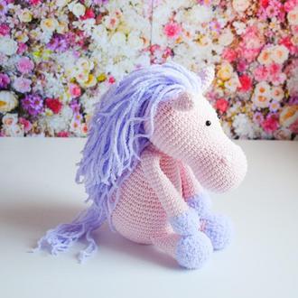 Вязаная лошадка. Подарок девочке. Подарок новорожденному. Интерьерная игрушка. Эко-игрушка.