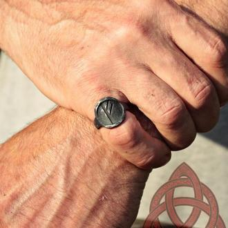 Кованое Железное Кольцо с Руною Феху Fehu Rune