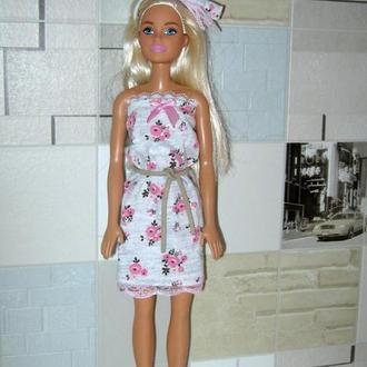 Одяг для ляльок Барбі.