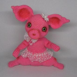 Свинка Хрюпся вязаная игрушка