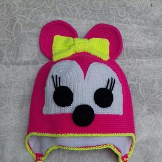 Вязаная шапка мини маус для принцесы.