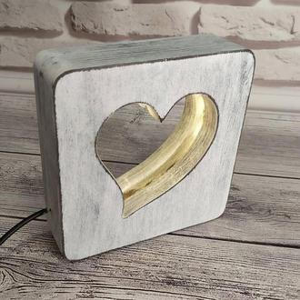 Дерев'яний світильник-нічник сердечко з плавним регулюванням яскравості