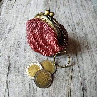 Монетниця в'язана бісером