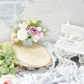 Гребень бело-розовый с розами и ирисами