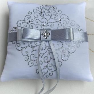 Свадебная подушечка для обручальных колец, серебро со стразами
