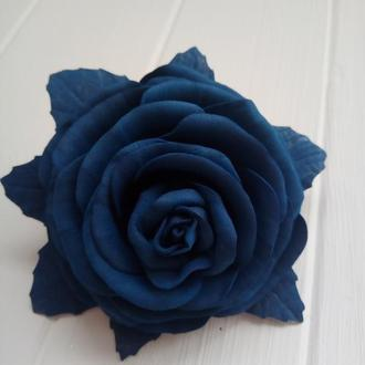 Роза на резинке.