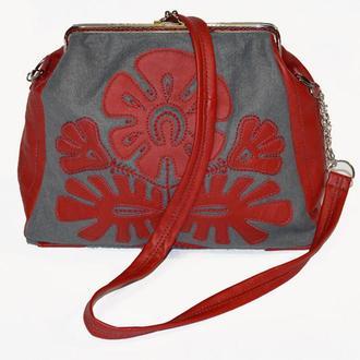 Фетрова сумочка з фермуаром Витинанка