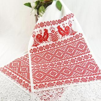 Свадебный рушник с красной вышивкой