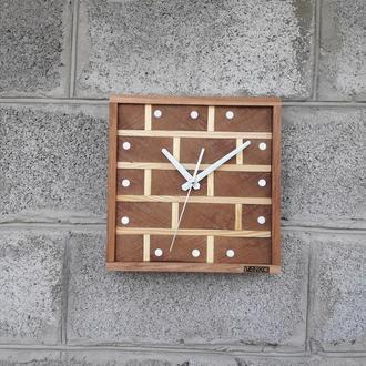 Часы кирпичи,настенные часы в современном дизайне, необычные настенные часы, деревянные часы