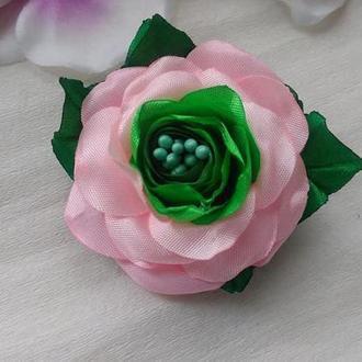Брошь розовый цветок