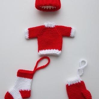 Новогодние украшения. Новогодний декор.Вязаные игрушки на елку свитерок, шапка, сапожок и рукавичка