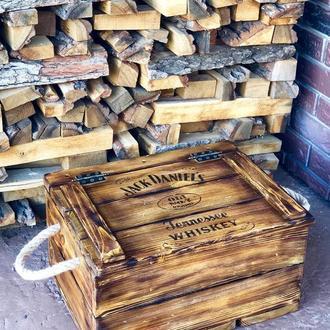 Сундук (ящик) для алкоголя из натурального дерева
