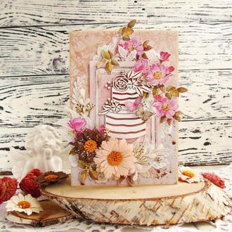 Поздравительная открытка с тортом