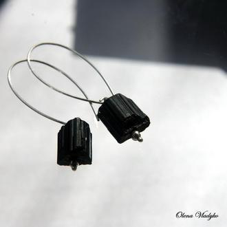 Серебряные серьги с шерлом, серебряные серьги с камнями, серьги с черным турмалином
