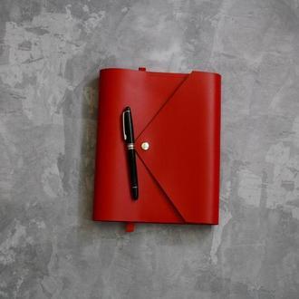 Кожаный блокнот ежедневник планер на кольцах Алый