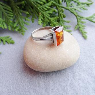Перстень серебряный с янтарём 1