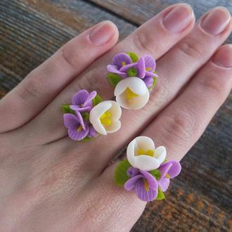 Комплект кольцо и серьги гвоздики