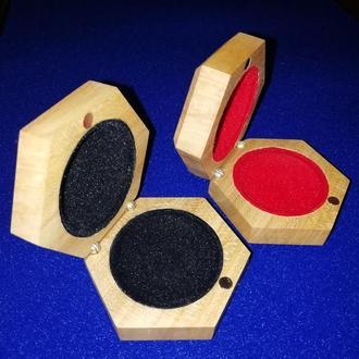 Коробочки (шкатулки) для ювелирных украшений и бижутерии