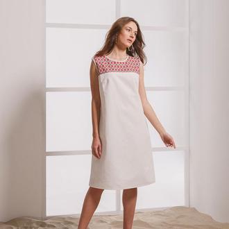 Белое платье миди с вышивкой ручной работы