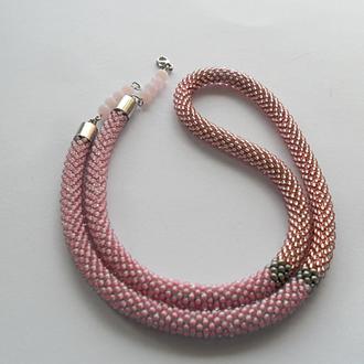 Розовый тонкий жгут из бисера