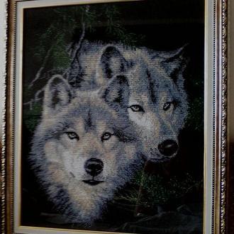 Пара волков вышитые чешским бисером