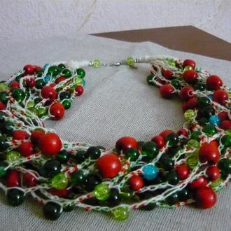 Бусы из бисера красно-зеленые, многорядные, воздушные, подарок девушке, женщине