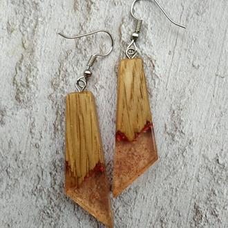 Оригінальний подарунок для дівчини, Сережки з дерева і смоли