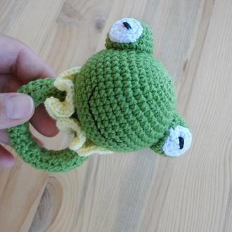 Погремушка - прорезыватель лягушка Первая игрушка малыша