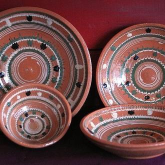 Святковий набір посуду